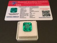 9.37 cts. NO RESERVE Transparent Colombian Emerald Estate Collection Lot 300