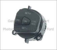 NEW OEM RH SIDE STEERING WHEEL CRUISE CONTROL SWITCH 2011-2013 FORD FIESTA