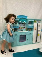 1/6 SCALE GREEN/BLUE KITCHEN APPLIANCES & TABLE W/CHAIRS & ACCESSORIES