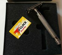 The Clean Shave Safety Razor with 5 Double Edge Blades