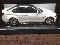 BMW   M3 COMPETITION PACKAGE 1:18 SCALE WHITE - # 80432411552