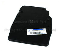 NEW OEM ENGINE CONTROL MODULE TOP COVER 1.6 / 2.0L V4 FORD CMAX FOCUS ESCAPE