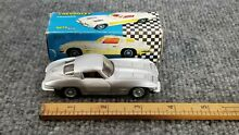 Diecast chevrolet vette stingray 1