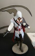 Ezio aditore rara action figure