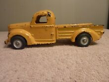 Cast iron pickup truck yellow 9 1 4