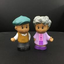2x fisher price little people