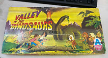 Valley of the dinosaurs board game