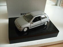 Renault clio in grey in dutch gift