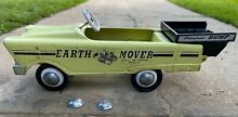 Earth mover dump truck toy pedal