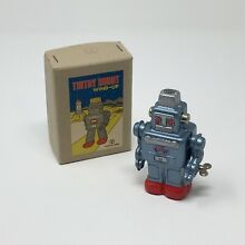 Tin toy robot wind up by seisakusho