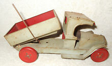 1920s toy co tin litho 8 1 2 inch