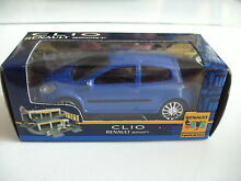 Renault clio sport in blue on 1 64