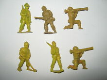Toy soldiers 9 in 5 poses 1950 60 s