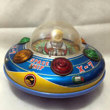 Space ship x 7 tin toy friction don