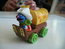 Muppets in wagon