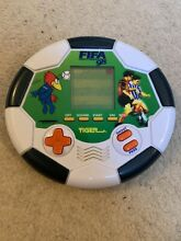 Fifa 98 lcd game
