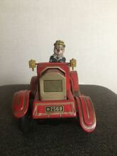 Classic car tin toy friction don t