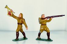 Or frenchal trumpet and trooper