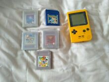 Color gbc yellow console 5 games
