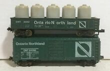 2 ontario northland freight cars
