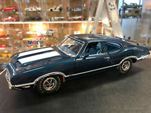 Oldsmobile 442 blue limited edition