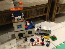 Police station lego set 4965 5680