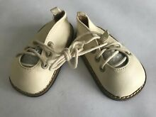 Unique leather ivory shoes for a 26