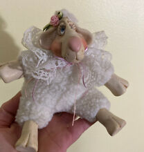 Kathleen kelly lulu lamb 2106 resin