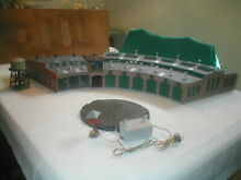Ho scale round house w turntable 10