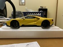 Ford gt 2017 1 18 yellow black