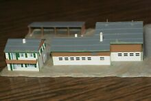 C811 n gauge farm house barn train