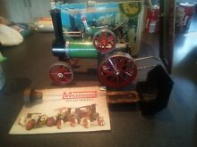 Live steam traction engine