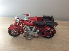 And sidecar tin plate model hand