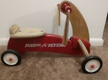 Radio flyer ride on