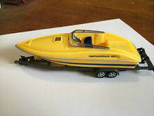2543 speed boat and trailer plastic