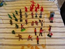 Job lot assorted plastic soldiers