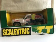 Scalextric nissan patrol red bull