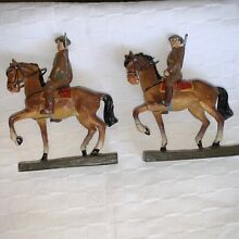 Set of 2 cavalry soldiers on
