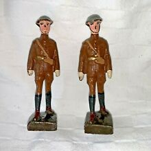 Set of 2 infantry officer marching