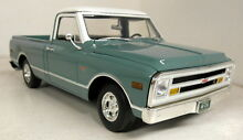 1 18 scale a1807201 1968 chevrolet