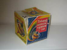 Boxed triang rainbow spinning top