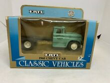 1 43 2628 1960 chevy cab new