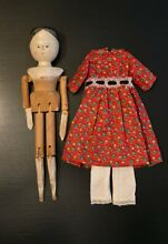 Wooden grodnertal doll peg jointed