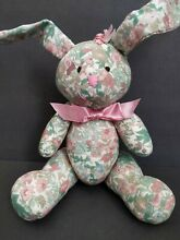 Bunny rabbit easter 8 pink green