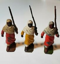 Lead toy soldiers ref 187 arabs on