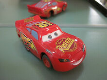 Slot car ho tomy pixar disney mc