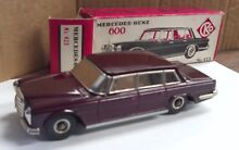 Tin friction car mercedes benz 600