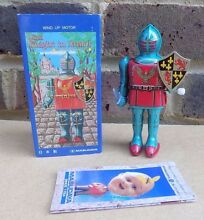Wind up motor tin plate mini knight