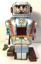 Tin wind up mechanical space man