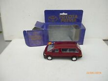 Toyota previa in red metalic 1 34